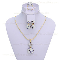 2013 New Coming Fashion Gold Plated Charming Style Flower Crystal Necklace/Ring Accessories jewellery set ,Free Shipping(China (Mainland))