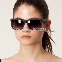 Free Shipping Woman and Man Green Sunglasses 4165 Fashion Design Sunglasses Hand Made Acetate Unisex Sunglasses