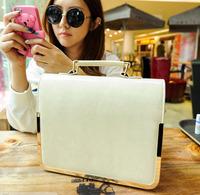 2013 New  ladies leisure wild simple  Messenger bag doctors  women handbag shoulder  girl handbags free shipping BBG0308