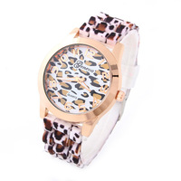 10pcs/lot Geneva Casual Watches Leopard Silicone Strap Women Watch Alloy Analog Quartz Wristwatches New 2014 Freeshipping GH10