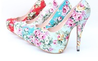 new arrive lady court shoe vintage flower  pattern women pumps big  size 41 42