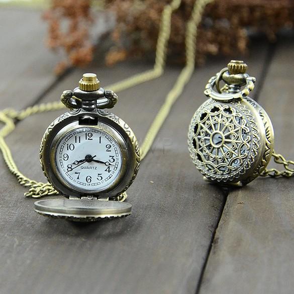 High Quality Retro Style Bronze Steampunk Quartz Necklace Pendant Chain Clock Pocket Watch Spider Web Hollow 18(China (Mainland))