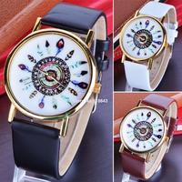 New Arrival 1pcs Vintage Leather Feather watches For Women Dress Watch Quartz Wristwatches 3 Colors B11 SV005235