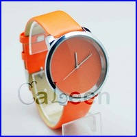 High Quality Fashion Innovation Watch Ladies Best Choice 2013 Newest Style Leather Strap Smooth Surface Simple Design 8835
