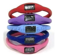 Free shipping 20Strands/Group mixed random colors Promotion Cheap Fashion sport silicone watch 2013 Wholesale Watch