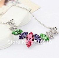 NC12017 2013New Austrian Crystal Necklace Gold plated Stylish Women Fashion Jewelry Best Gift for lover friend Beauty Vanilla