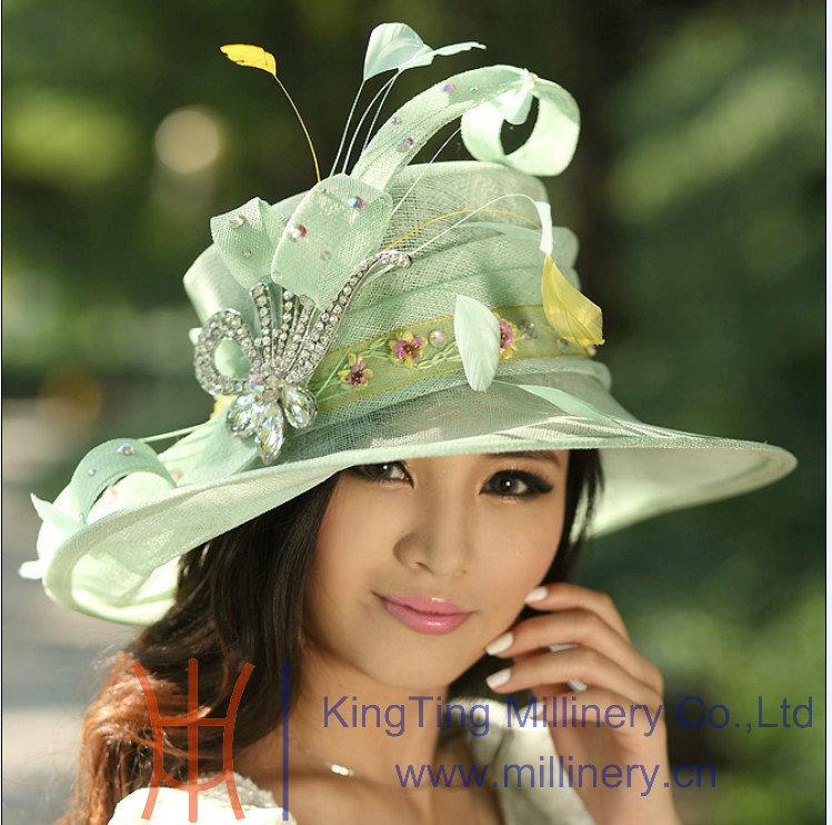 Ladies' Hat Winter Dress