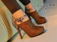 Free Shipping!2013 shoes.2013 new Europe and the United States sexy snakeskin lines and ankle short boots