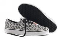 Free Shipping Unisex Canvas Shoes Low-top Sneakers Shoes for Men's and Women's Shoes 3 Colors EUR35-45 Leopard Canvas Shoes