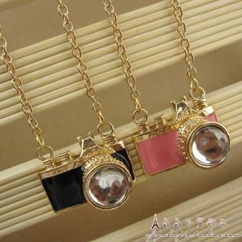 NS028  2013 Fashion accessories mini camera necklace accessories