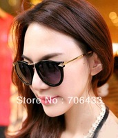 FreeDropshipping Exclusive Slender Gold Frame Oval Round Lens Women's Vintage Sunglasses Arrow  Designer Eyewear 2014 Summer SG2
