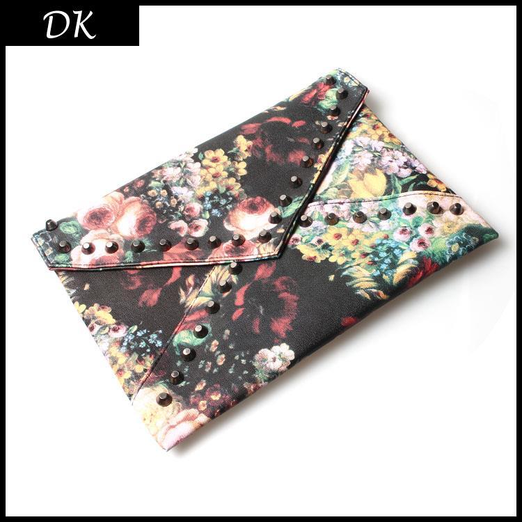 2015 Spring Oil Painting Flower Women's Rivet Handbag Rose Day Clutch Envelope Messenger Bag Fashion Free Shipping High Quality(China (Mainland))